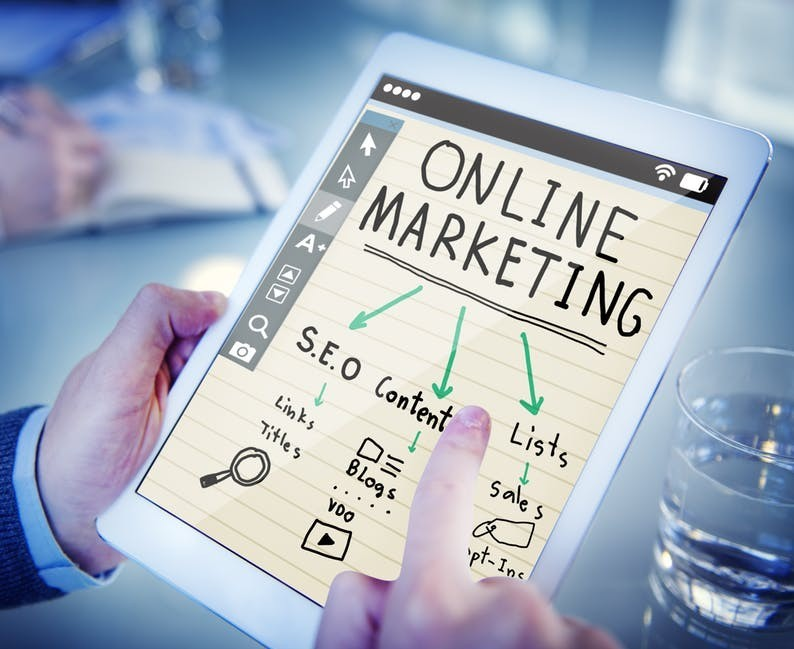 The Pros and Cons of Internet Marketing for a Small Business